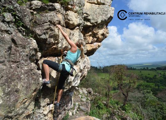 climbing-2240157